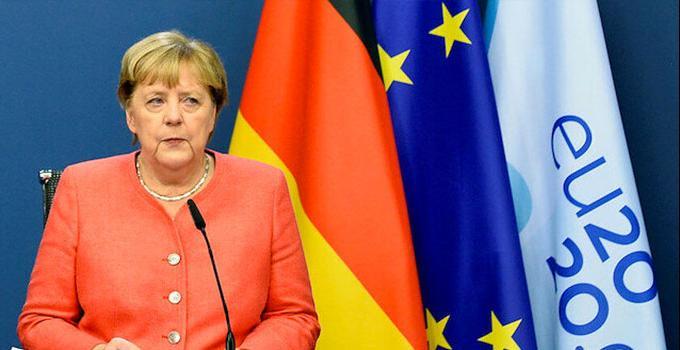 Viyana'daki saldırının ardından Merkel'den dayanışma mesajı